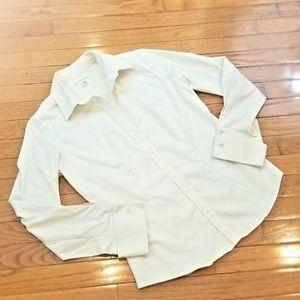 Elegantly cuffed button down shirt - LIKE NEW!